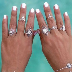 Jewelry - Moonstone ring set